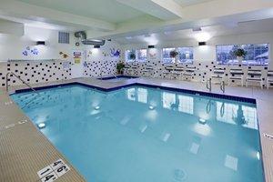 Pool - Holiday Inn Express Wenatchee