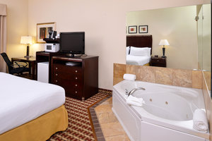 Room - Holiday Inn Express Hotel & Suites White Haven