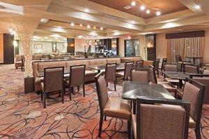 Restaurant - Holiday Inn Hotel & Suites South Tulsa