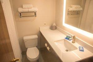 Room - Holiday Inn Express Easton
