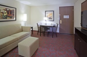 Suite - Holiday Inn Express Hotel & Suites West Bloomington