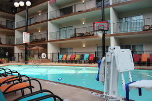 Pool - Holiday Inn Des Moines