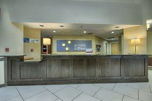 Lobby - Holiday Inn Express Hotel & Suites Grove City