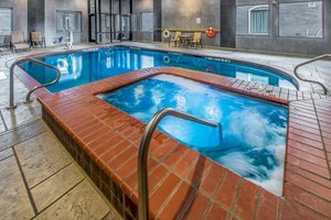Pool - Holiday Inn Longview