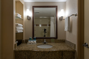 - Holiday Inn Express Rancho Bernardo San Diego