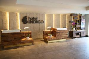 Lobby - Hotel Indigo Naperville