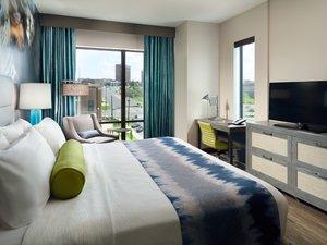 Suite - Hotel Indigo Downtown Tuscaloosa
