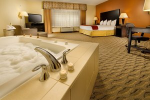 Suite - Holiday Inn Express Hotel & Suites Manassas