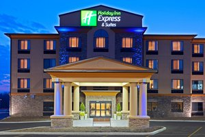 Exterior view - Holiday Inn Express Hotel & Suites Cicero