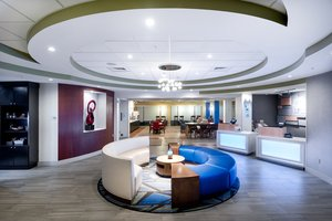 Lobby - Holiday Inn Express Hotel & Suites South Lakeland