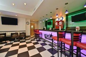 Restaurant - Holiday Inn Lower East Side New York