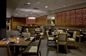 Restaurant - Crowne Plaza Hotel O'Hare Airport Rosemont