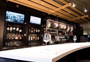 Bar - Courtyard by Marriott Hotel Shreveport