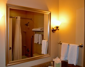 - Holiday Inn Express Hotel & Suites Grant Tucson
