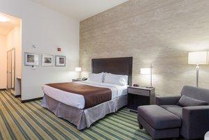 Room - Holiday Inn Convention Center Texarkana