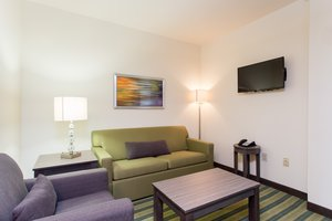 Suite - Holiday Inn Convention Center Texarkana