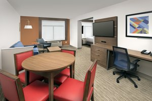 Suite - Holiday Inn Express Hotel & Suites Linthicum