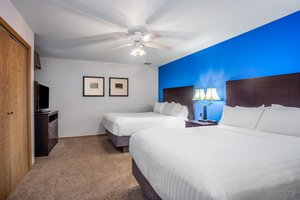 Suite - Holiday Inn Express Wisconsin Dells
