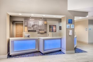 Lobby - Holiday Inn Express Wisconsin Dells
