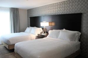 Room - Staybridge Suites Miamisburg