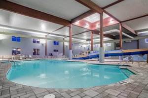 Pool - Holiday Inn Express Wisconsin Dells