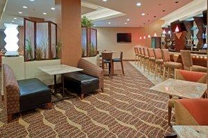 Restaurant - Crowne Plaza Hotel River Oaks Houston