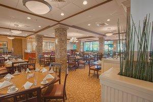 Restaurant - Crowne Plaza Hotel Executive Center Baton Rouge