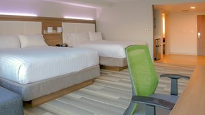 Room - Holiday Inn Express Hotel & Suites Entrance Airport Miami