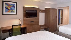 Room - Holiday Inn Express Mt Pleasant