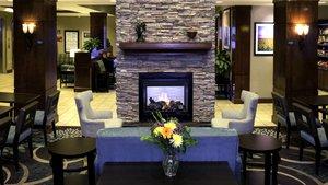 Lobby - Staybridge Suites Airport Denver