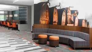 Lobby - Holiday Inn Express Hotel & Suites Quad City Moline
