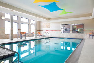Pool - Holiday Inn Express Hotel & Suites Quad City Moline