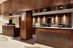 Lobby - Crowne Plaza Hotel Arlington