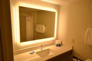Room - Holiday Inn Express Bridgeville