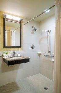 - Holiday Inn Express Frazer