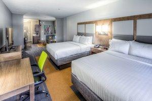Room - Holiday Inn Express Hotel & Suites West Cleveland Westlake