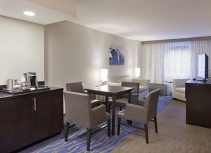 Suite - Holiday Inn Capitol DC