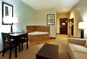 Suite - Holiday Inn Express Eunice