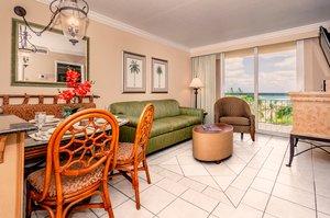 Room - Palm Beach Shores Resort & Villas