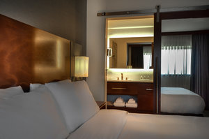 Room - Holiday Inn Southwest Omaha