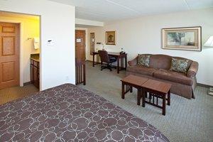 Suite - Staybridge Suites City Center Indianapolis