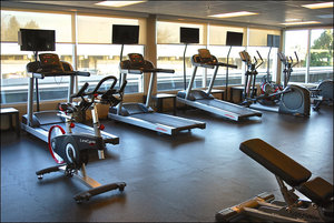Fitness/ Exercise Room - Holiday Inn Express Vancouver Airport