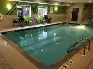 Pool - Holiday Inn Express Hotel & Suites Woodbury