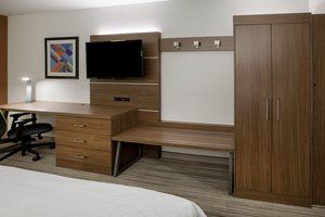 Room - Holiday Inn Express Hotel & Suites Woodstock