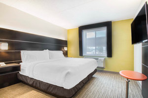 Room - Holiday Inn Express Hotel & Suites West Airport Albany