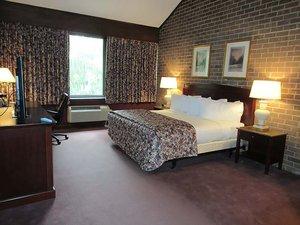Room - Split Rock Resort Lake Harmony