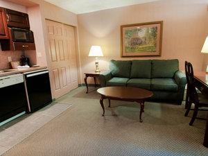 Suite - Split Rock Resort Lake Harmony