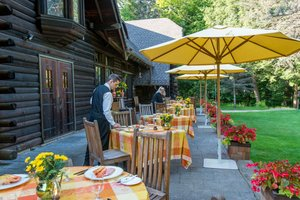 Restaurant - Lodge at Glendorn Bradford