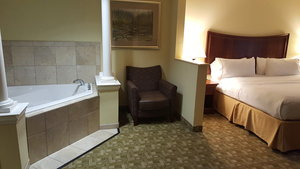 Suite - Holiday Inn Express Hotel & Suites East Jacksonville