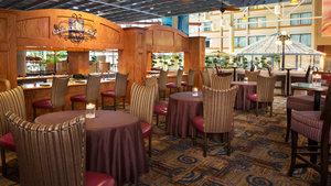 Bar - Holiday Inn Yorkdale Toronto